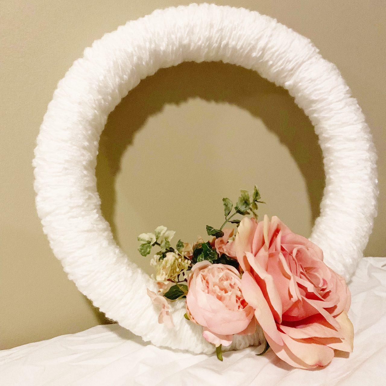 DIY Finger Knit Spring Wreath